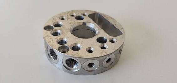 What Precision And Shape Products CanThe CNC Machining Center Process?